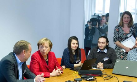 Chancellor Merkel visits ReDI School